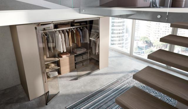 All'interno del nuovo Sistema Freedhome, Camerino è un vero e proprio ambiente personale modulare, adatto anche agli spazi di dimensioni ridotte, nel quale è possibile vivere il proprio stile a 360°.Misure: Larghezza: da 202,8 cm a 379,2 cm. Altezza: da 194 a 290 cm