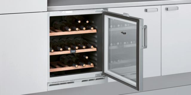 Cantinetta per il vino: un'enoteca domestica in formato ridotto
