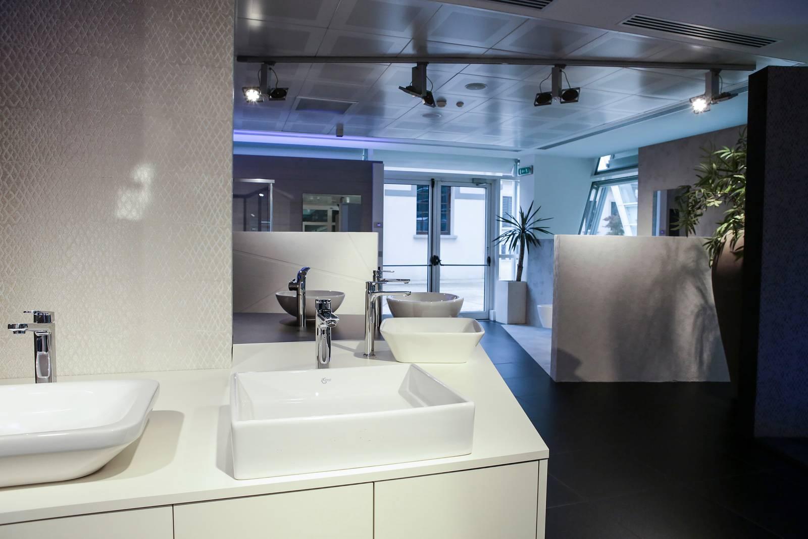Ideal Standard Milano Showroom.Ideal Standard Inaugura La Nuova Sede Borsi9 A Milano Cose