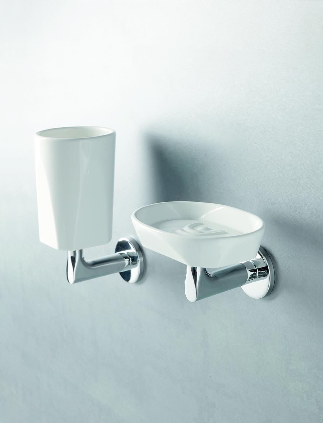 Da accessori bagno a oggetti d arredo ecco come un - Chiessi e fedi arredo bagno ...