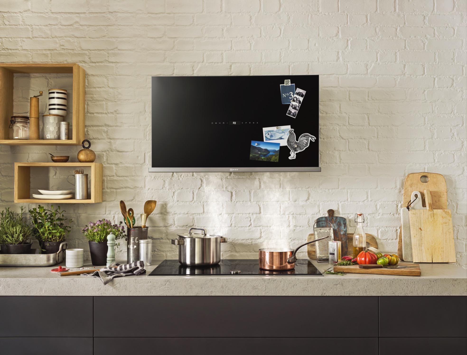 Elettrodomestici neri eleganza e design in cucina cose for Piani casa pa