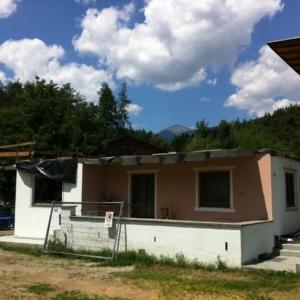Sopraelevazione in legno di una casa unifamiliare in Italia realizzata da Vario Haus - Prima dei lavori