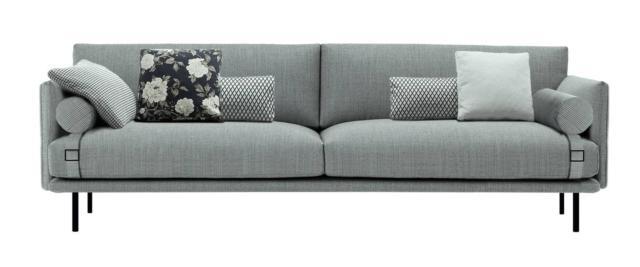 Mies di Calligaris, design Stefano Cavazzana, è il nuovo divano, disponibile sia fisso sia modulare, imbottito in poliuretano espanso e misto piuma, rivestito in tessuto sfoderabile e impreziosito dal dettaglio della fibbia. I piedini in metallo nickel nero opaco sollevano la struttura e la alleggeriscono. É disponibile in diversi formati. Misura L 190 /220 /250 x P 95 x H 80 cm. www.calligaris.it