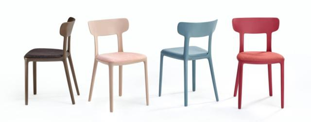 Canova di Infiniti, design Claus Breinholt, è la sedia che reinterpreta il tradizionale modello in legno da sala da pranzo: infatti è realizzata interamente in polipropilene stampato. Può essere usata anche all'esterno ed è corredata di un sedile imbottito tappezzato in tessuto. www.infinitidesign.it