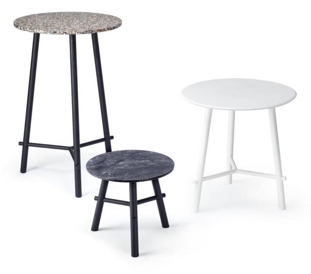 Record di Infiniti, design mC.dsg, è il tavolino disponibile in forme e altezze differenti. Il piano rotondo è realizzato in ®Fenix, ®Corian e Terrazzo. Il telaio di sostegno a tre razze è formato da  gambe in tubo di metallo o in legno massello. www.infinitidesign.it