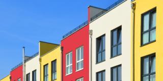Facciata del condominio: quali regole per modificare il colore?