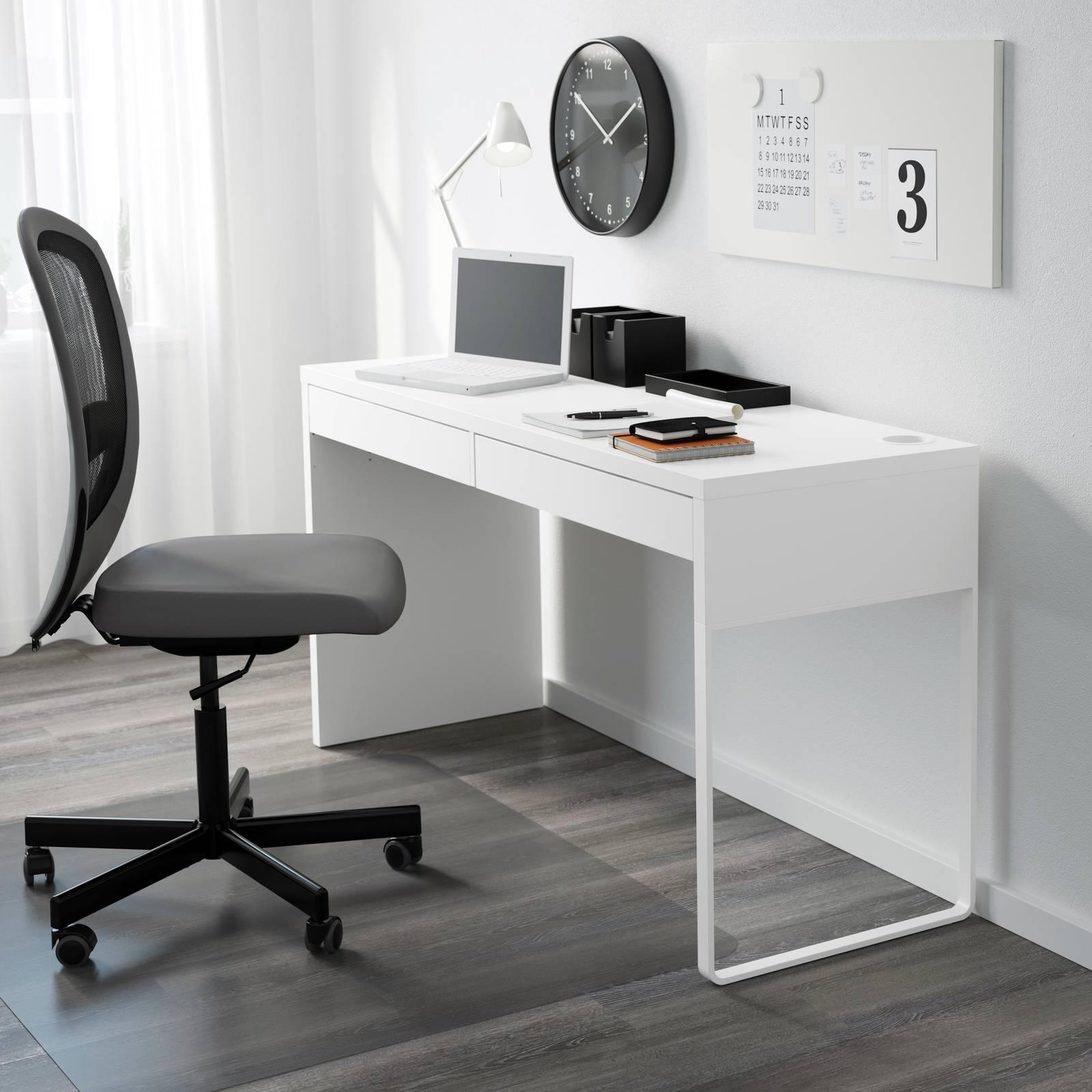 Ikea Tavolo A Scomparsa.Scrivania Per La Cameretta O Lo Studio 16 Modelli Comodi E