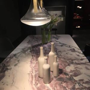 Fuorisalone 2018 , Paola Lenti, il marmo di Carrara può essere anche rosa.