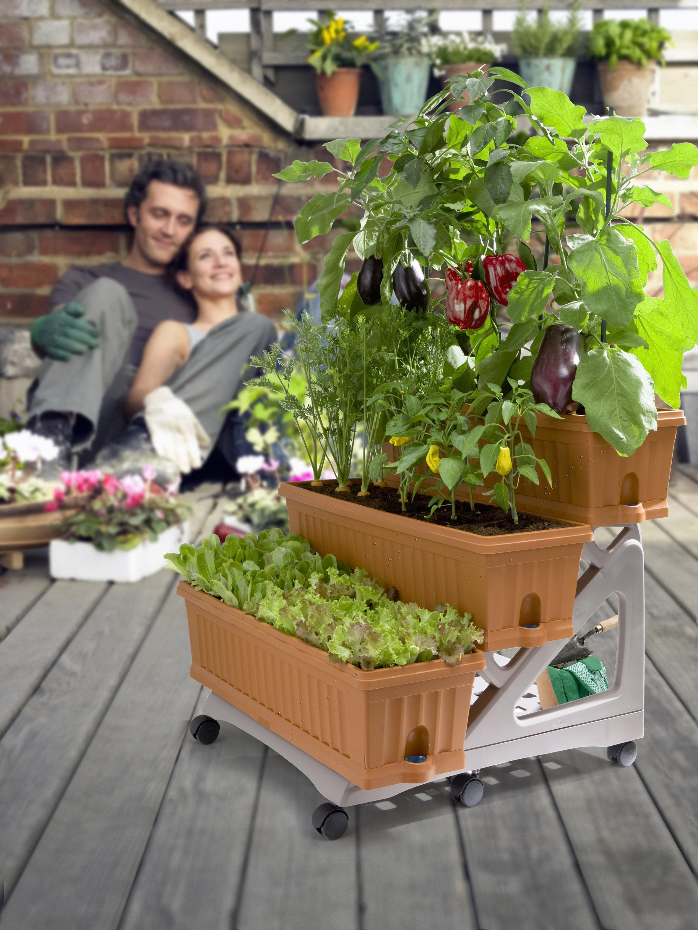 Sistemare Giardino Di Casa balcone, terrazzo, giardino: come organizzare gli spazi