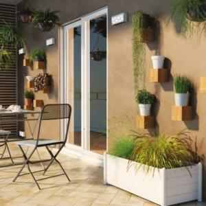 Balcone terrazzo giardino come organizzare gli spazi for Divanetti da balcone