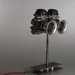Twins light realizzata con coppia carburatori da moto e ferro grezzo