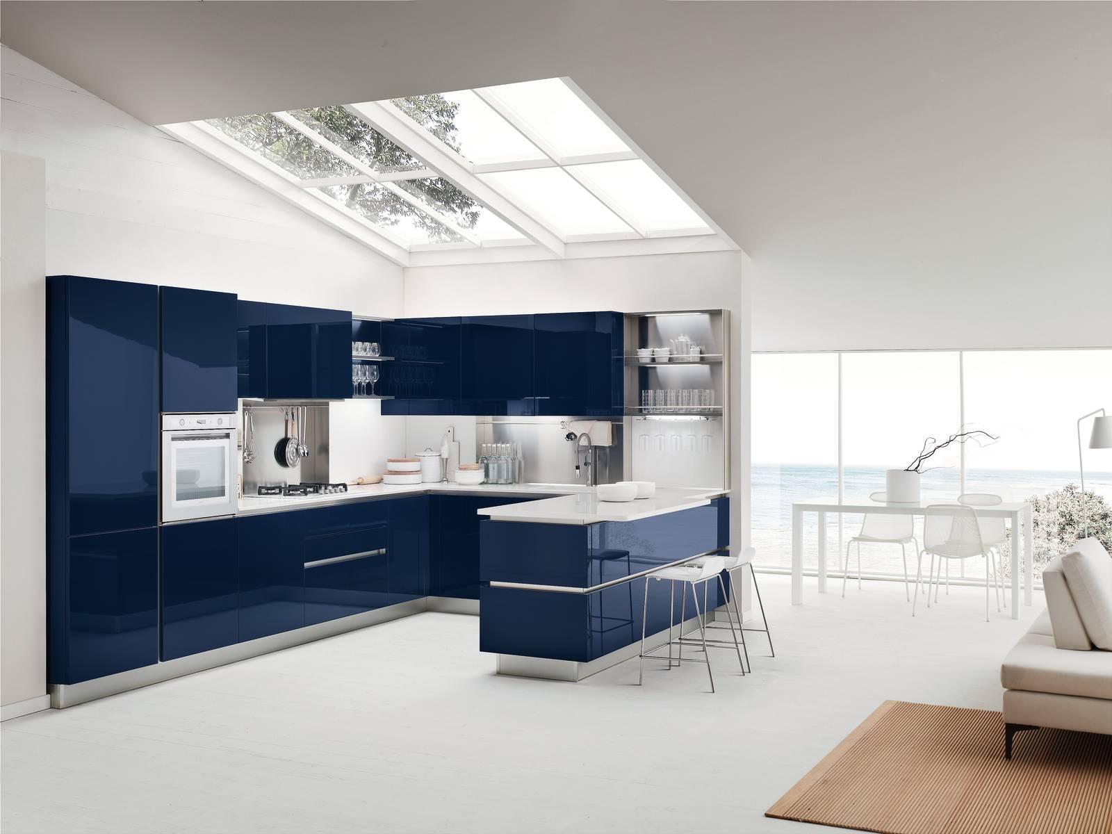 Con Colours di Veneta Cucine, un colore deciso per la tua cucina d ...