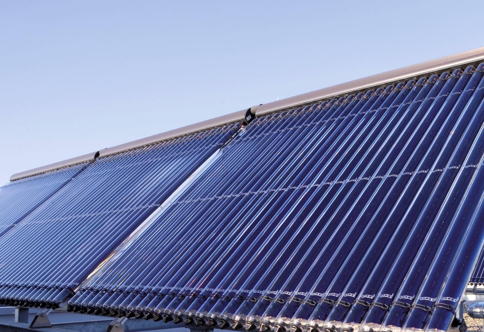 Pannelli Solari Termici Da Balcone da caldaia a condensazione a solare: tecnologie viessmann