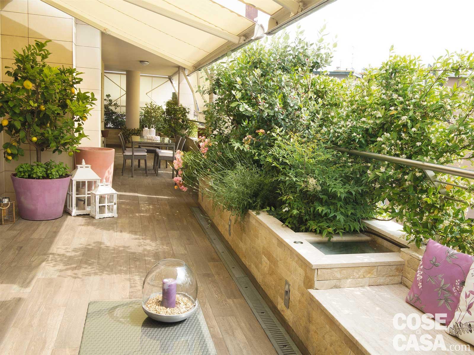 La terrazza diventa living arredare anche con le piante for Giardino in terrazza