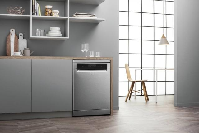 hotpoint 3DZone  lavastoviglie silenziosa