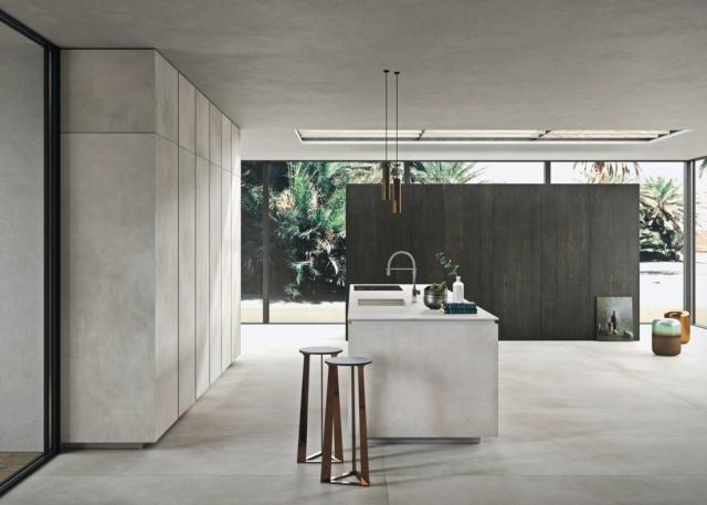 cucina snaidero Way ceramica calce grigio con armadi cucina colonna