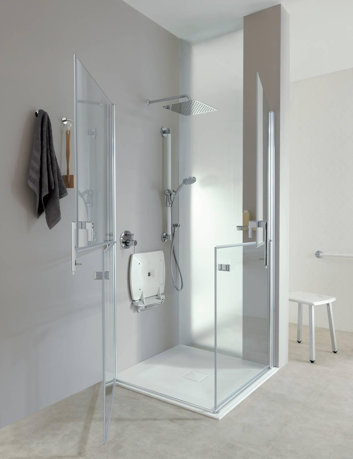 Sedile Per Box Doccia.Doccia Age Friendly Inclusive Design Per Il Bagno Sicuro Di Ponte Giulio Cose Di Casa
