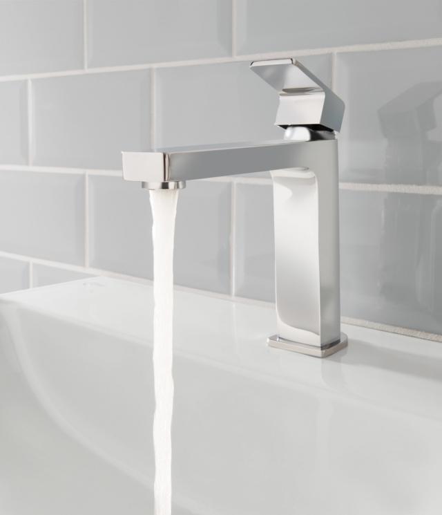rubinetto squadrato  ideal standard edge miscelatore squadrato