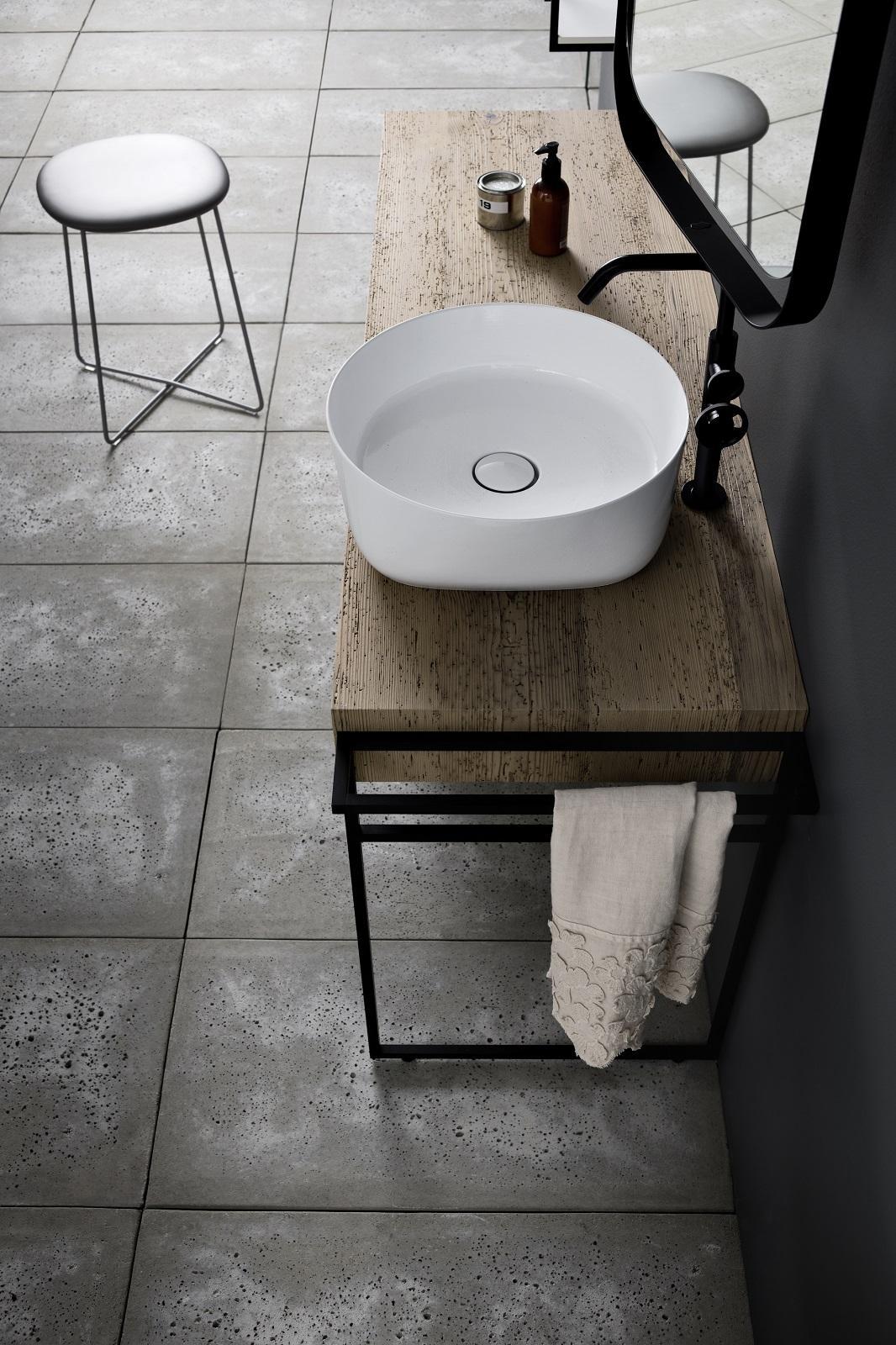 Piano Per Lavabo Da Appoggio lavabo rotondo da appoggio su un mobile bagno o su un top