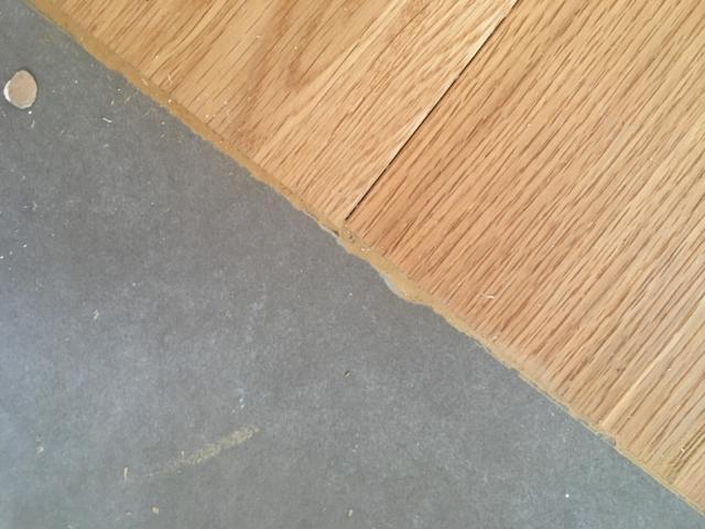 Raccordo tra pavimenti: un profilo tra piastrelle e parquet? cose