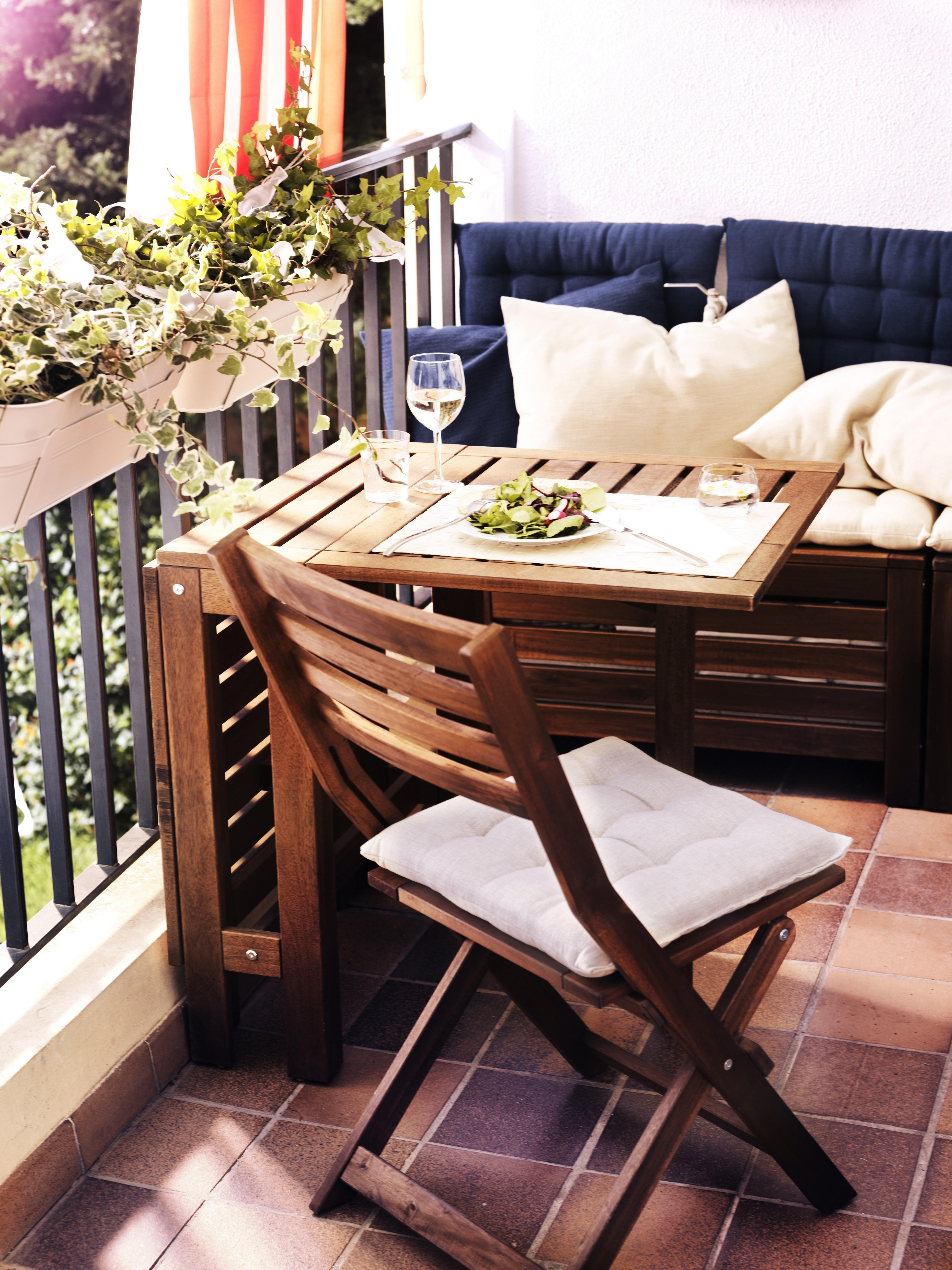 Tavolino Per Balcone Ikea tavolini piccoli per il balcone, per una colazione all