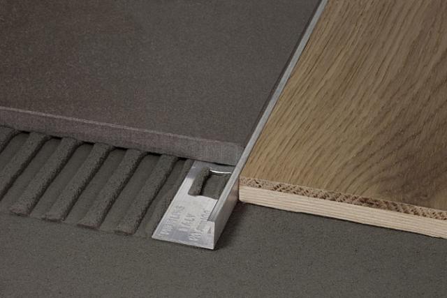 Profili per pavimenti di pari livello - Cerfix® Proangle