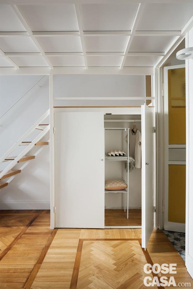 armadio sotto il soppalco casa 37 mq con soppalco