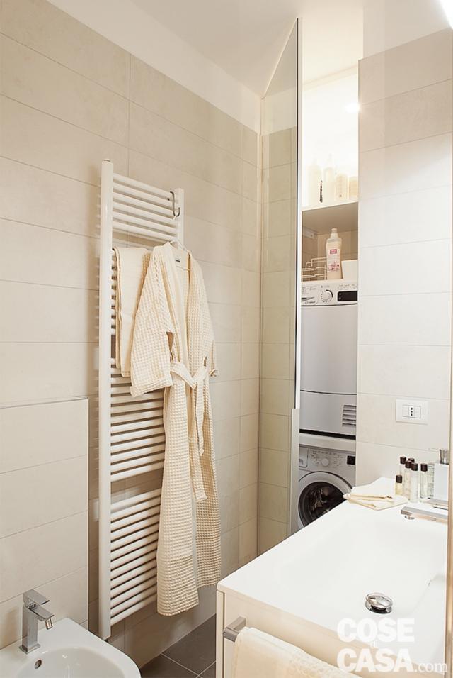 bagno con lavanderia attrezzata a scomparsa