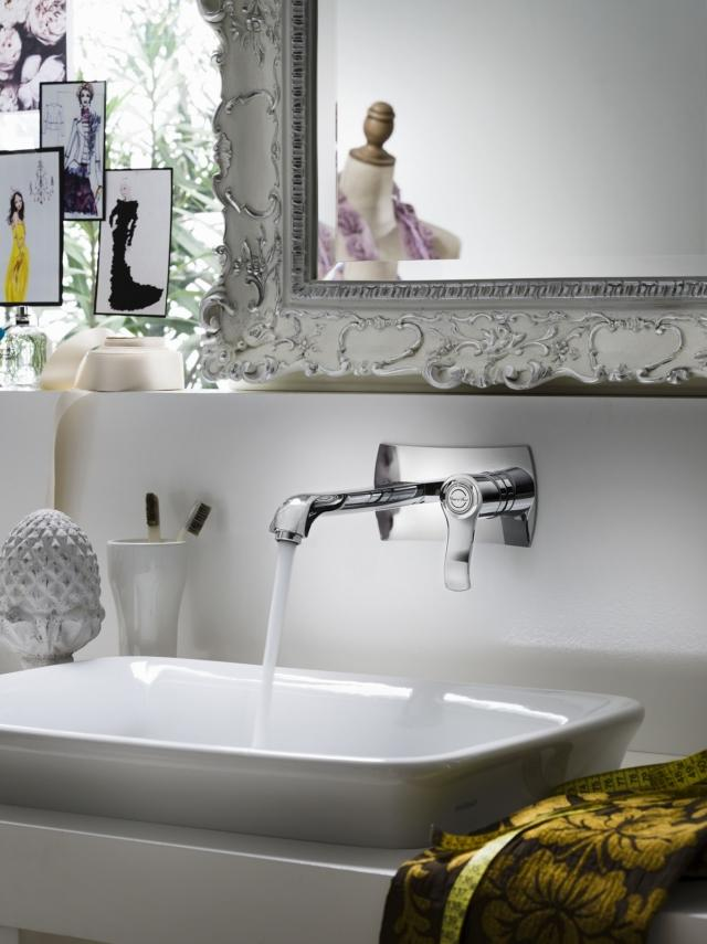 8 nobili sofi rubinetti linee arrotondate