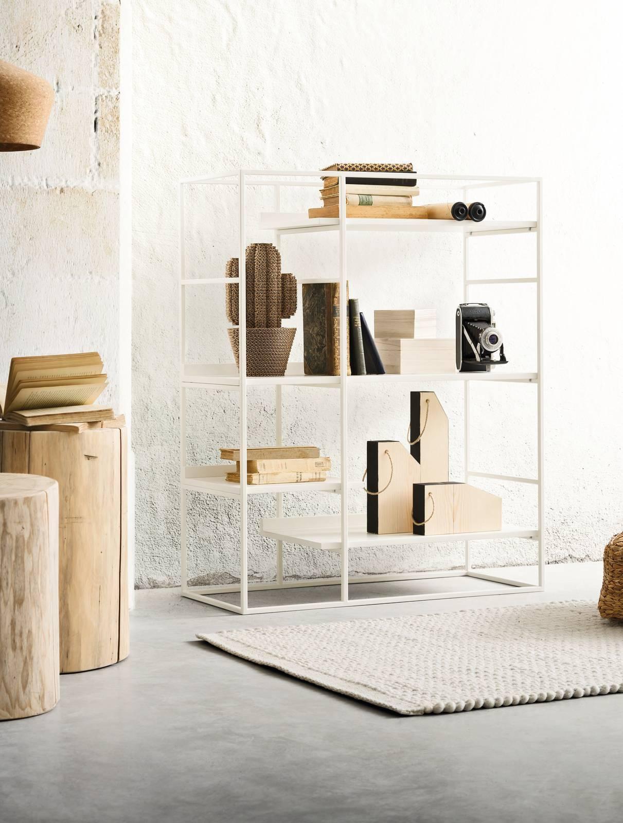 Libreria piccola: a parete o anche da mettere al centro