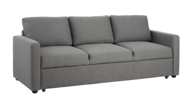Arredare low budget un trilocale spendere poco per mobili for Divano letto conforama