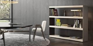 Libreria piccola: a parete o anche da mettere al centro stanza