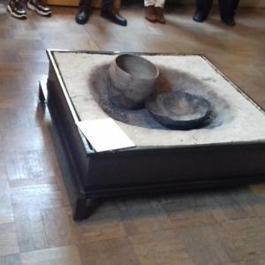 Museo della ceramica di Spezzano - Sezione storica: braciere aperto per la cottura dei manufatti in argilla. Periodo: neolitico.