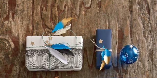 Preparare i pacchetti di Natale con un po' di creatività