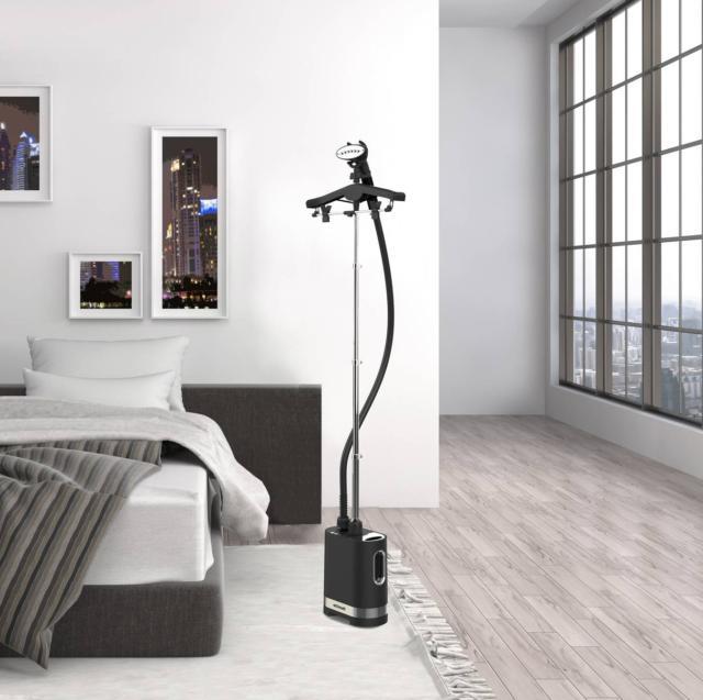 per stirare in verticale SteamOne-Unilys