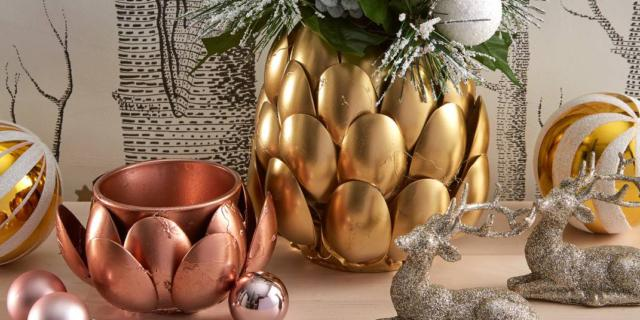 Da cucchiai di plastica a decorazione luccicante e preziosa