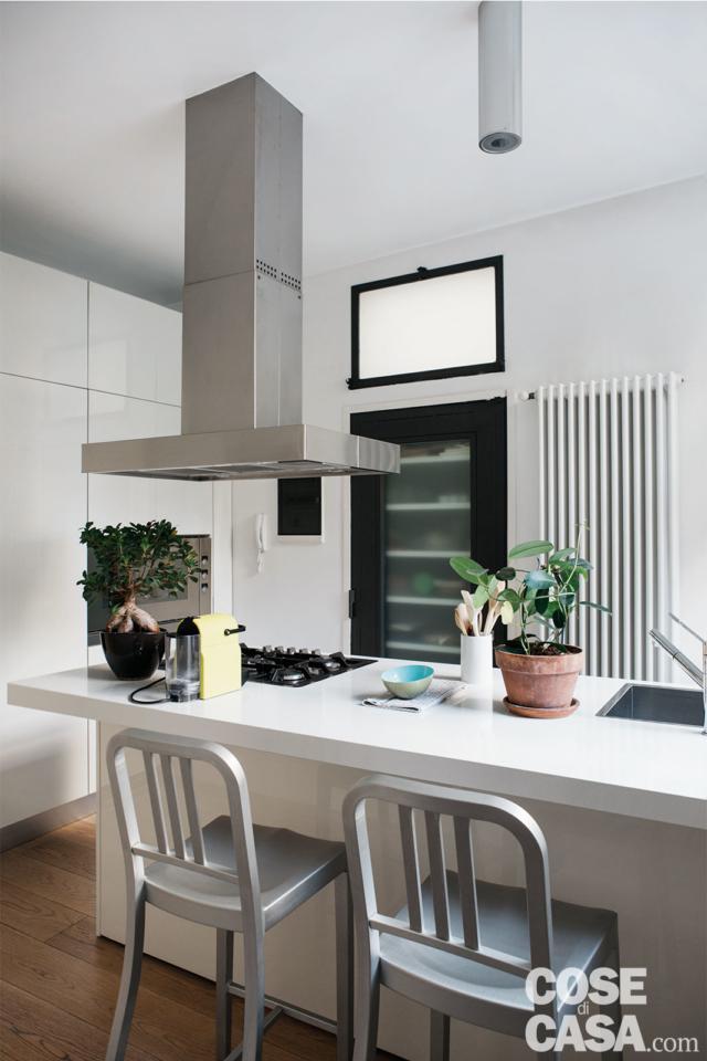 cucina bancone progetto per sfruttare l'altezza