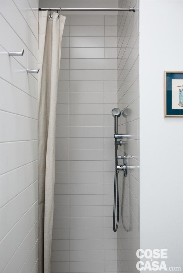 doccia bagno nel sottotetto progetto per sfruttare l'altezza