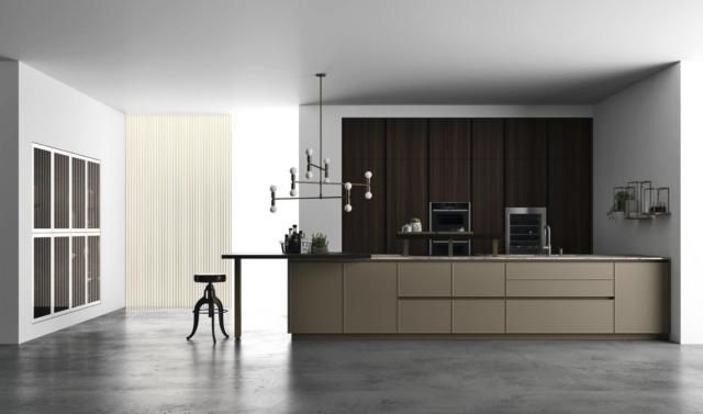 cucina-con-gola doimo-Cucine-Soho_Eucalipto-laccato-super-matt-camoscio-marmo-sequoia