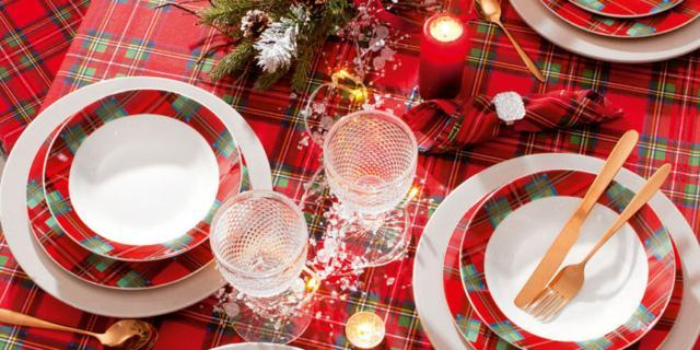 Tavola di Natale: 15 soluzioni cui ispirarsi per le feste a casa tua