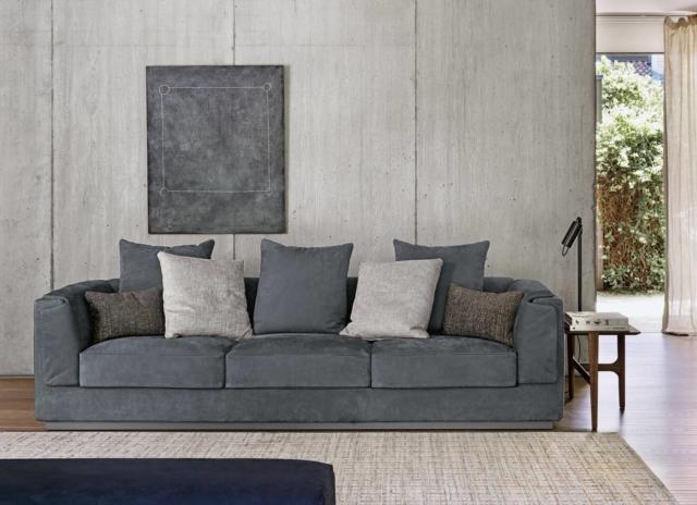 Divano tre posti 13 modelli da 183 cm in su cose di casa for Divani a tre posti