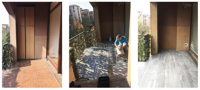 """Oltre a dare al terrazzo una connotazione più attuale e """"cittadina"""", il cambio di pavimentazione favorisce anche la rifrazione della luce naturale e avvicina cromaticamente l'esterno con l'interno della casa. Prima dell'intervento, il rivestimento a terra era, come si vede nella prima foto a sinistra, in piastrelline color cotto molto convenzionali, del tipo di quelle utilizzate nei cortili e nei garage. Senza rimuoverle, sono state coperte da listoni di gres porcellanato effetto legno, di colore grigio chiaro e in finitura opaca, disposti con posa rettificata. Il nuovo rivestimento ha comportato un rialzo di quota di circa 1 cm, e arriva ora a filo della soglia della vetrata scorrevole di comunicazione con il soggiorno."""