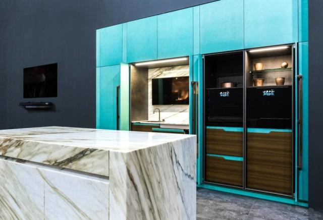 Cucina Essential Ltd Blue Tiffany di Toncelli con piano in marmo