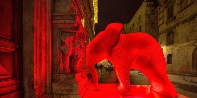 Zona Rossa. Cracking Art