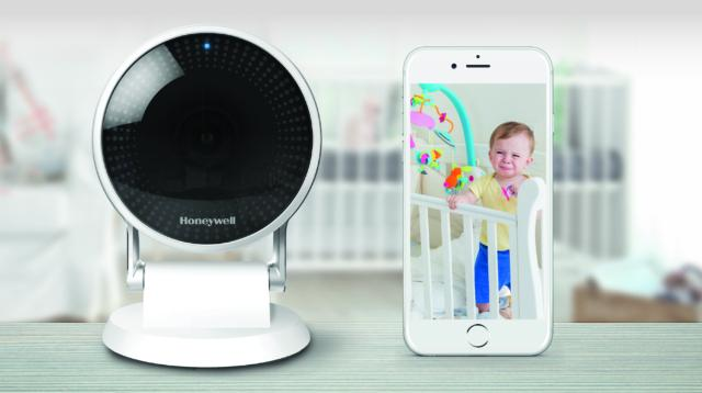 Honeywell Security Camera Lyric C2 Wi-Fi