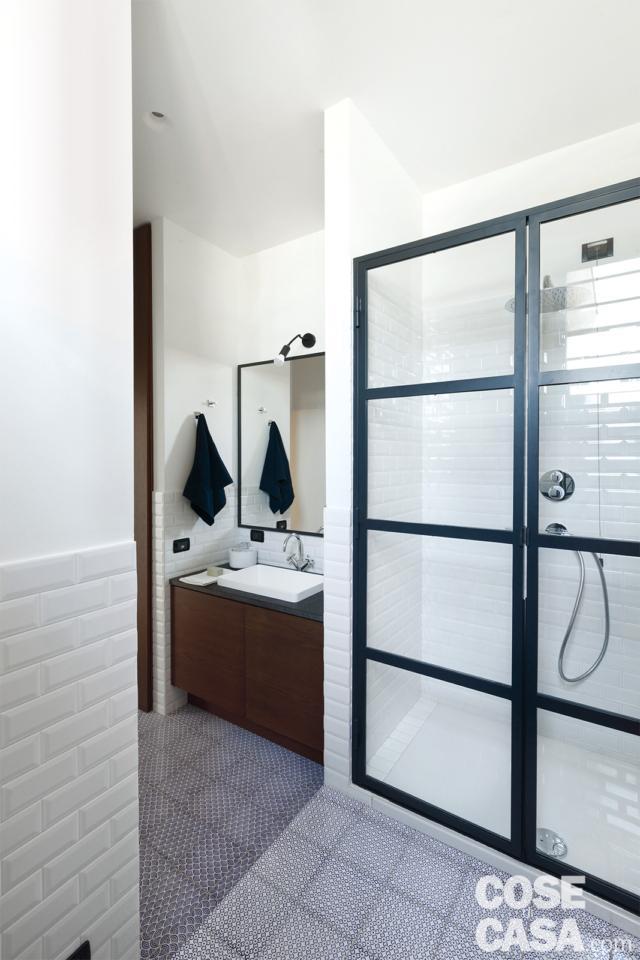 bagno della casa di 70 mq da bi a trilocale