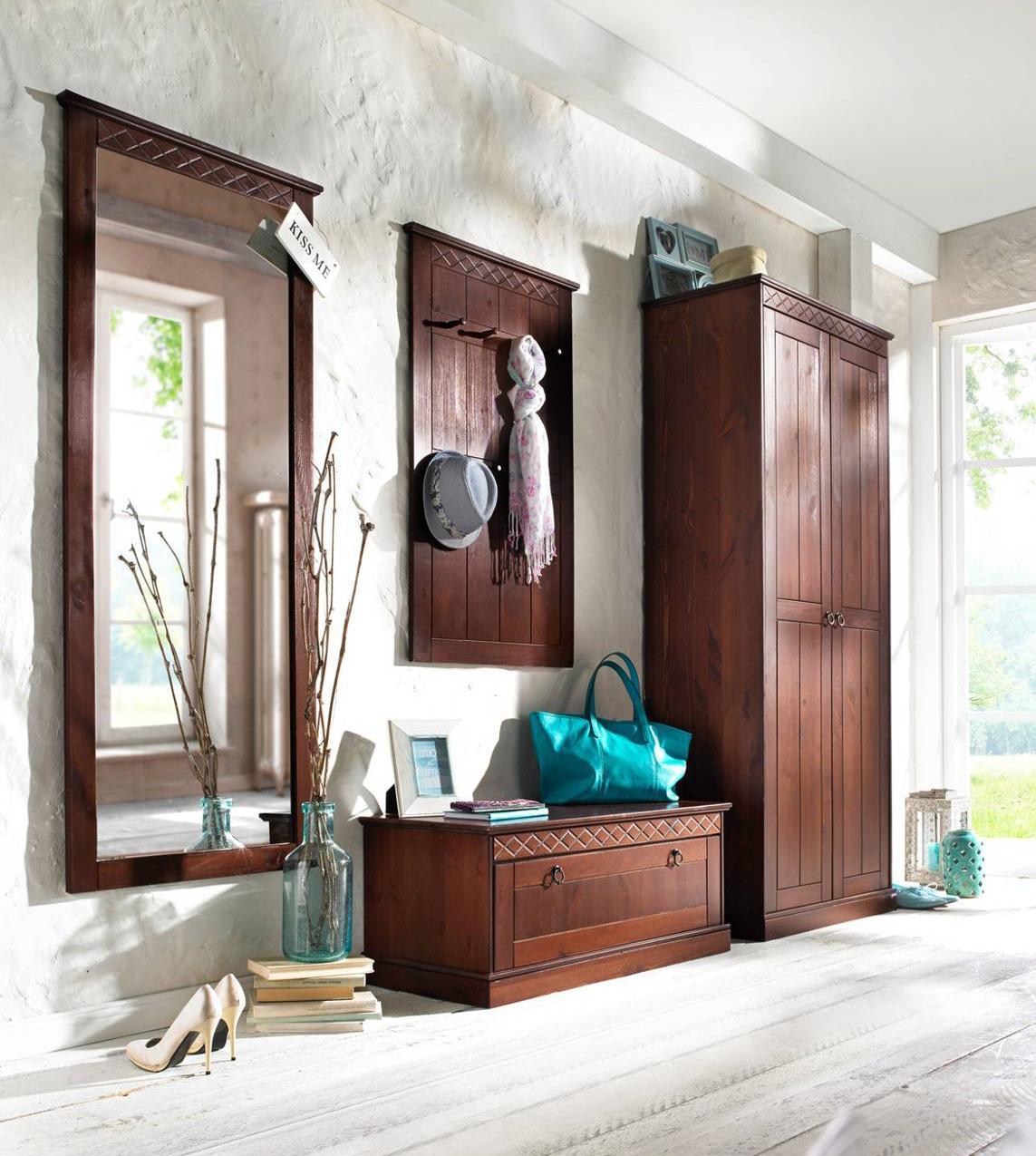 Casa in stile country protagonisti legno e materiali for Bonprix casa mobili