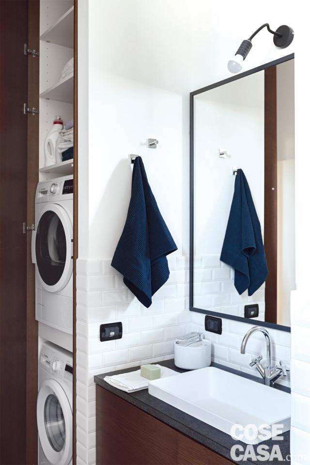particolare colonna lavanderia nella casa di 70 da bi a trilocale