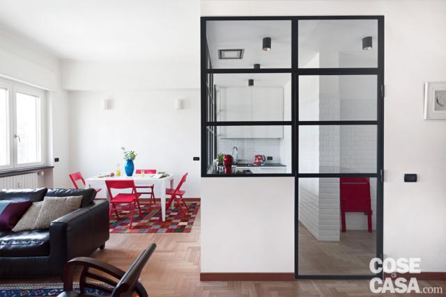 la cucina nel box vetrato in 70 mq da bi a trilocale