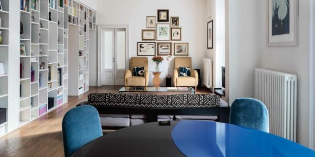Appartamento tradizionale di 120 mq con librerie a tutta parete